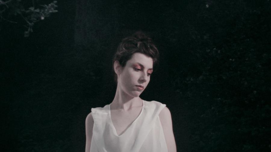 "Julia Holter - ""Goddess Eyes I"" video"