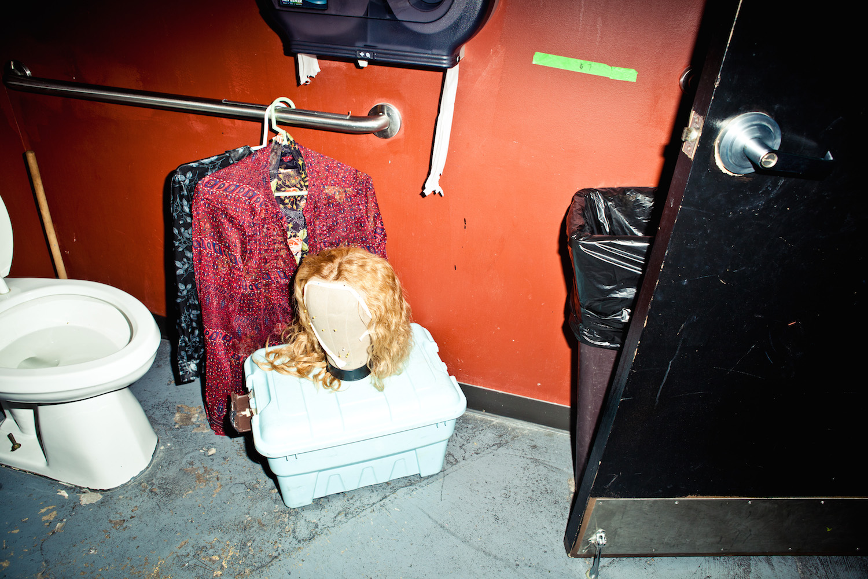 bruce-lamont-backstage