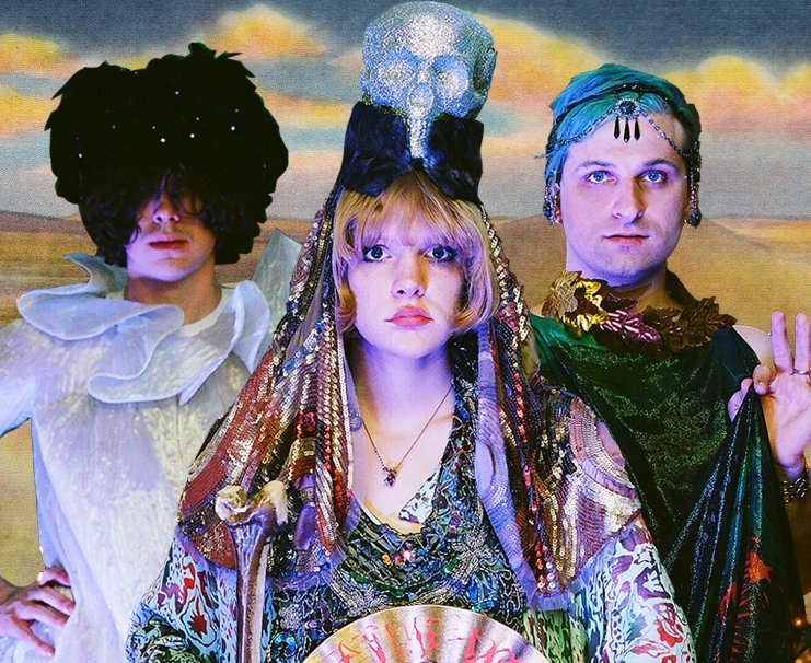 Icky Blossoms don their best Banshees gear