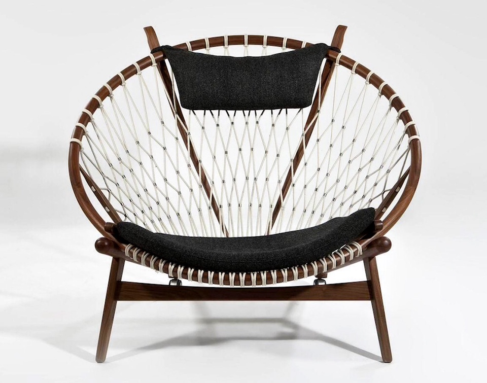 Replica_Hans_Wegner_PP_130_The_Circle