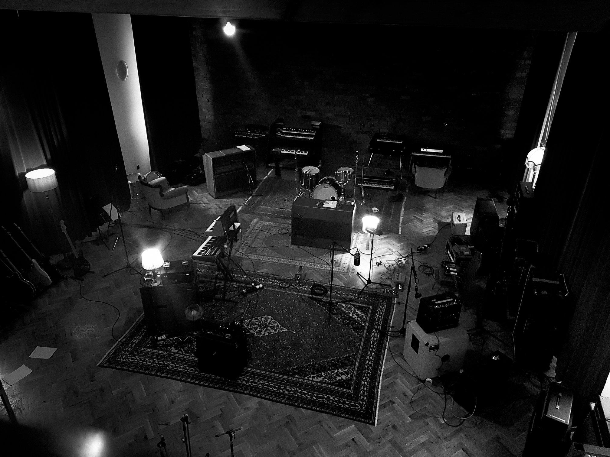 Albecq studio shot